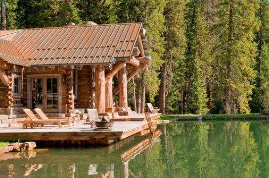 07 casa de madeira rustica na beira do lago
