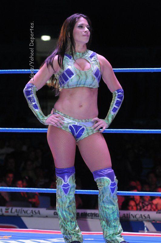 Gorgeous CMLL (México) and TNA (USA) wrestler Sarah Stock.