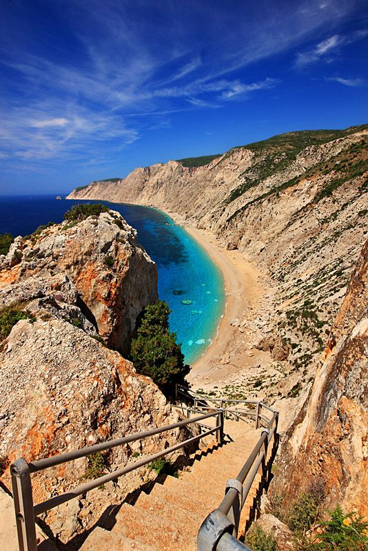 Platia Ammos located on the western edge of the island of #Kefalonia. You 'll have to go down 400 steps to reach.  #Greece #kitsakis