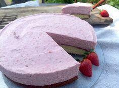 Erdbeer- Sahne- Torte, schön fruchtig und super einfach
