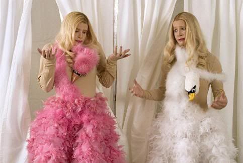 The ladies of White Chicks show us how to handle the intense shopping that is Forever 21.