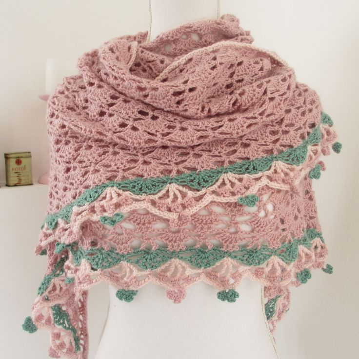 Tranquility Shawl made by Van Dani. Free pattern with charts by Drops