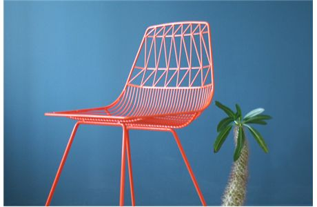 Named for the zany redhead, the Lucy chair by @Viesso is a design object can stand alone or with her reliable counterpart, Ethel. Indoor or outdoor use. Made from rust resistant hot dip galvanized iron and powder coated in white, peacock blue or orange. Optional thin quilted seat cushion available.