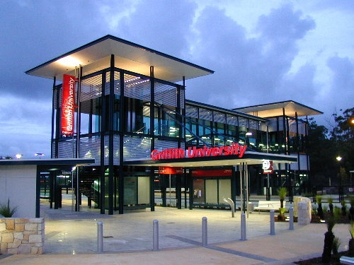 Griffith University Busway station, Brisbane, Australia - 1st generation busway station designed by dT architecture