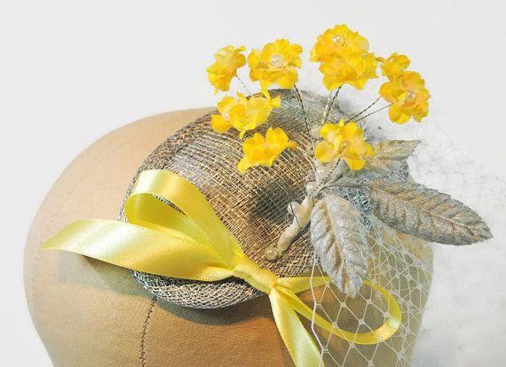Yellow Fascinator with short Wedding Veil - Mother of the Bride Hat - Occasion Hat - Wedding Fascinator - Derby Hat - Sandy