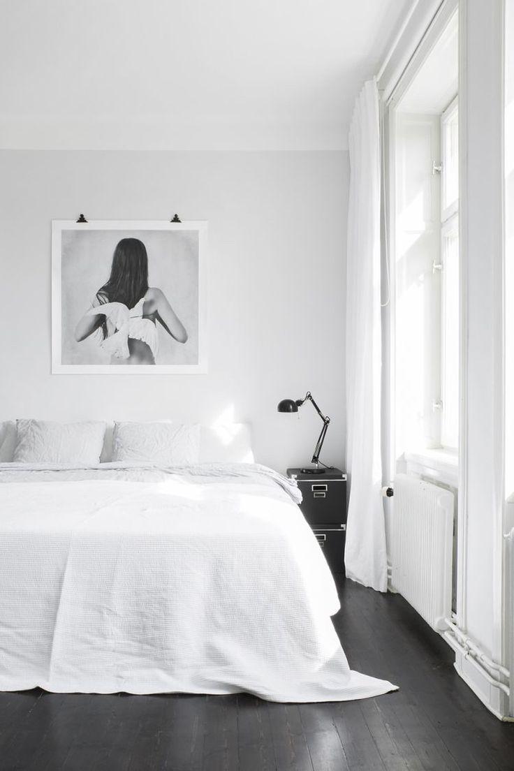 Wohnung Streichen Lassen Dusseldorf :  , ein HellWeiß an der Decke #KOLORAT #Wandfarbe #streichen #weiß