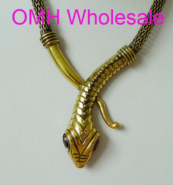 OMH ОПТОВОЙ новых Европейская мода Преувеличение панк ветер восстановление древних путей призрак металл змея ожерелье XL702