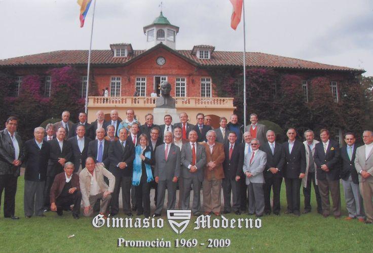 COLEGIO GIMNASIO MODERNO BOGOTÁ. D.C., ENCUENTRO DE EXALUMNOS PARA CELEBRAR LOS 40 AÑOS DE EGRESADOS. NOVIEMBRE 6 DE 2009.