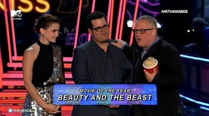 Congratulations to Director Bill Condon and the whole Beauty and the Beast Live-action 2017 crew for winning Movie of the Year tonight 🌹 #disneyprincess #disneyprincess1st #lovedisney #cutiestuff #cutiestuffsite #beautyandthebeast
