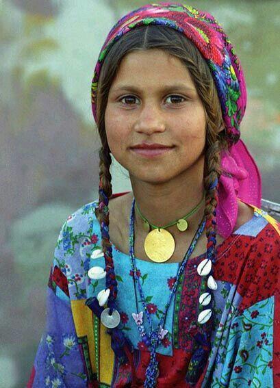 GOD ART: Beautiful Hue-Mans - Gypsy Genes (Romania)