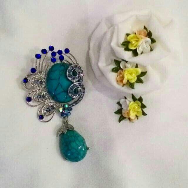 Martapura Brooch Blue