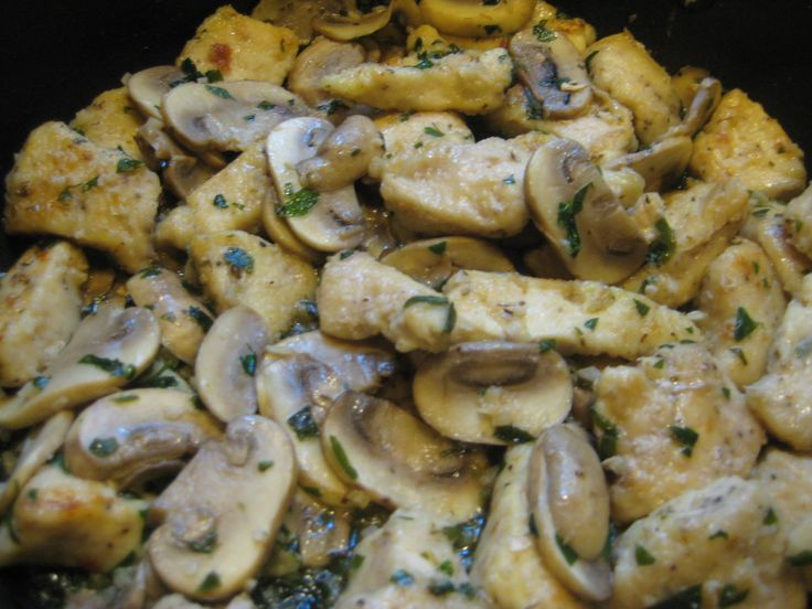 about Garlic white wine sauce on Pinterest | Mussels in white wine ...