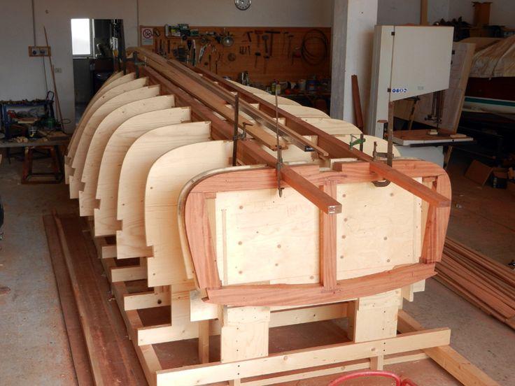 Maestro D'ascia Salerno lavorazione barche in legno restauro di ...