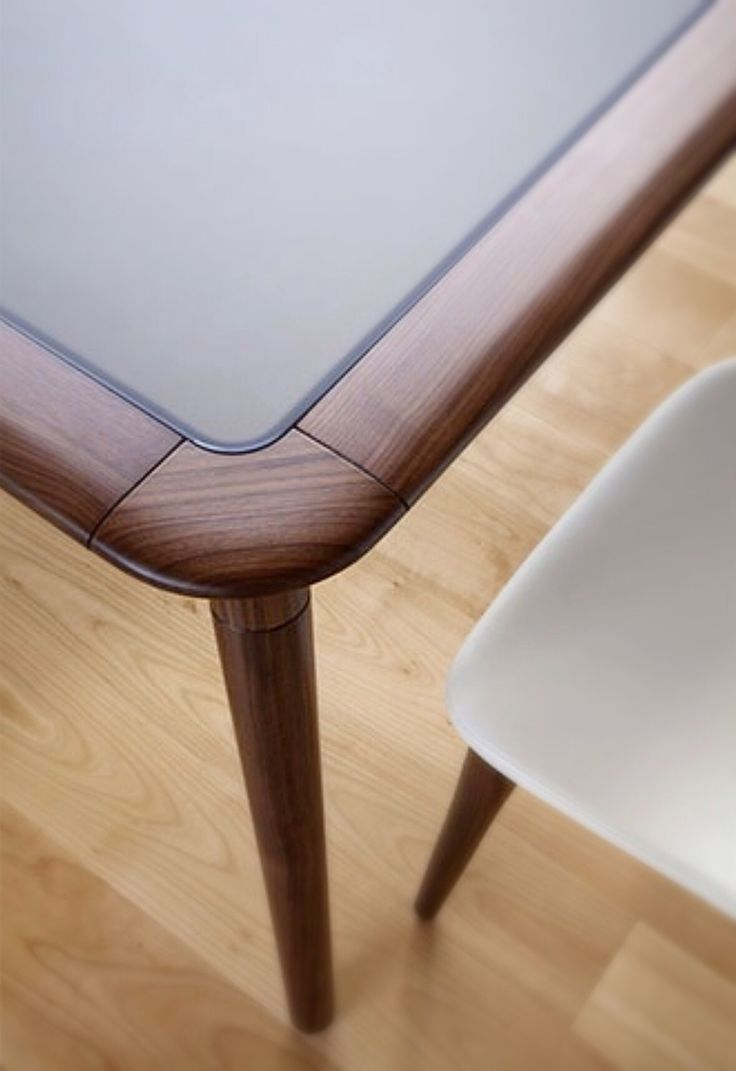 Jonathan table 262 - Tonon - design Paolo Nava design studio 2014