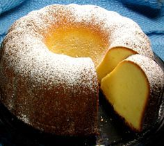 Panqué de queso crema // Cream cheese pound cake