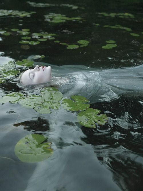 lady of the lake #fairytale