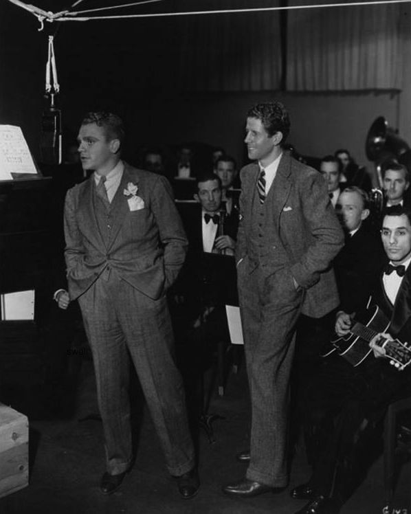 """James Cagney with Rudy Vallee performing a radio play in 1933. Jim did """"Private Jones"""", which can be heard at this enormous inelegant link: http://otrrlibrary.org/OTRRLib/Library%20Files/R%20Series/Rudy%20Vallee%20-%20Fleischmann's%20Yeast%20Hour/Rudy%20Vallee%20-%20Fleischmann's%20Yeast%20Hour%2033-12-14%20(217)%20%20Private%20Jones%20-%20James%20Cagney.mp3"""