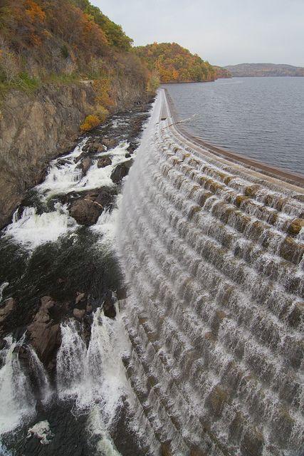 New Croton Dam with fall colours, New York, USA (by Mark & Tara).