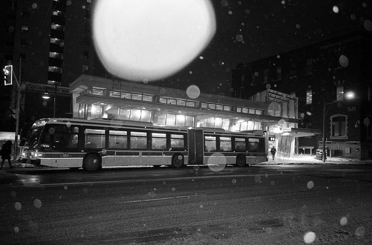 https://flic.kr/p/rvLG4G | Untitled by scott williamson #35mm #film #analog #blackandwhite #monochrome #photography #flash #snow #snowing #snowflakes #bus #station #night #nighttime photobook: http://bit.ly/wvrlght4