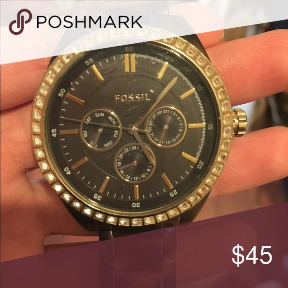 Fossil watch Price is negotiable Fossil Accessories Watches