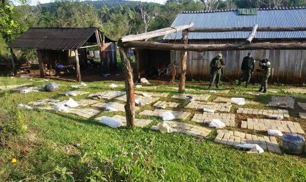 """Operativo """"Peuhén"""": se incautó más de 1.200 kilos de marihuana en la provincia de Misiones"""