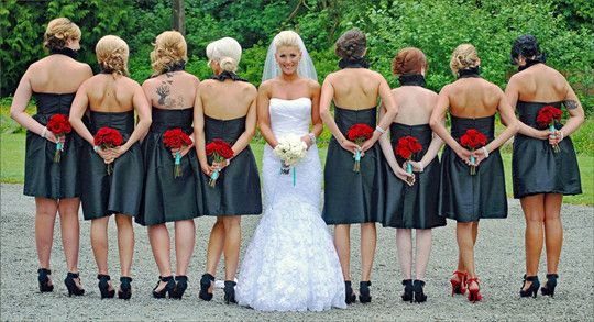 simple white rose bridal bouqet red rose bridesmaids bouquet