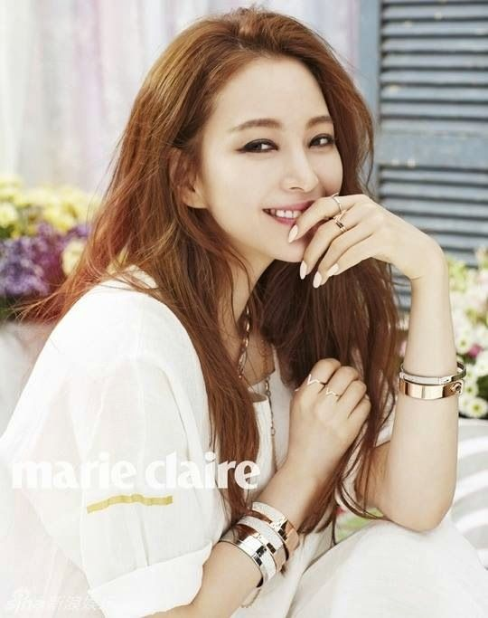 Han Ye Seul for Marie Claire - Latest K-pop News - K-pop News   Daily K Pop News