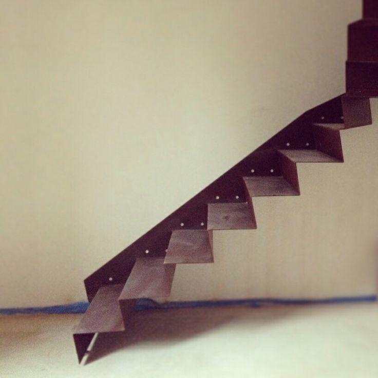 The stair! - La scala installata all'interno di un vecchio casolare. FANTASIA - Ingegneria / Architettura