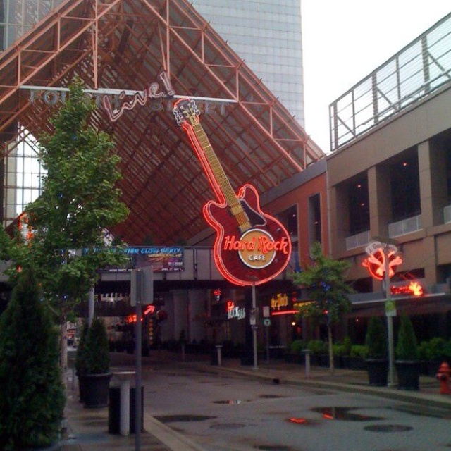 Is There A Hard Rock Cafe In Louisville Kentucky