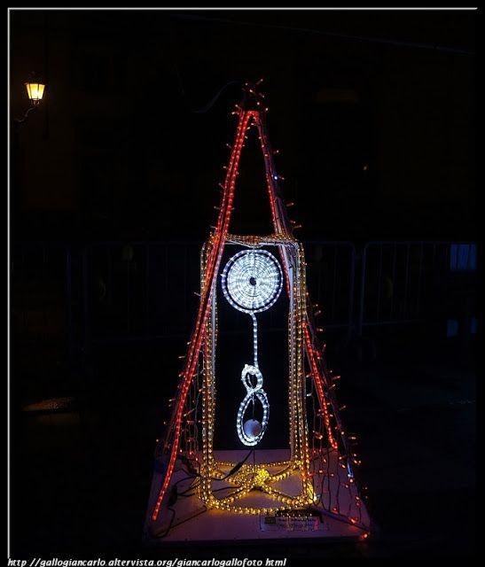 """Fotografie di opere partecipanti al Concorso """"Arte in Luce"""" di Pinerolo. Tratto da Facebook Informagiovani di Pinerolo"""