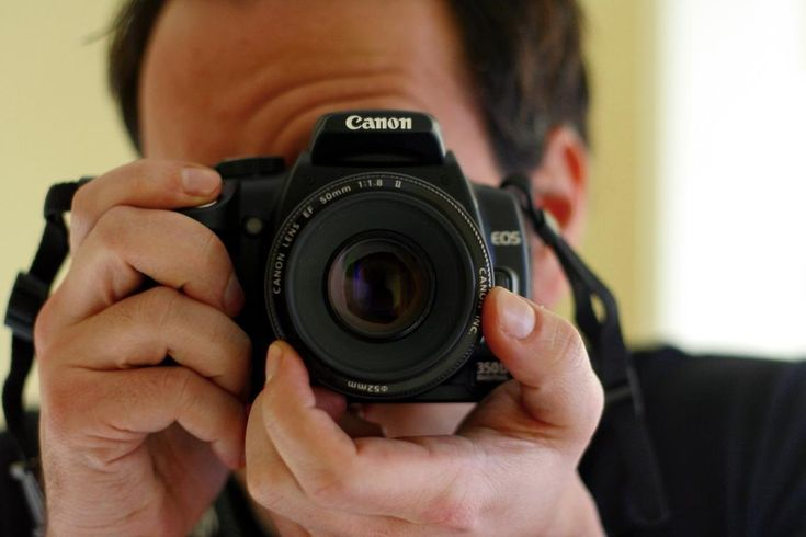 With the right equipment and some basic knowledge, even an amateur can capture stunning visuals. Here are some tips for photographing properties.
