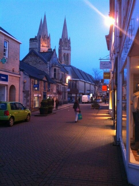 Last of the shoppers in #Truro