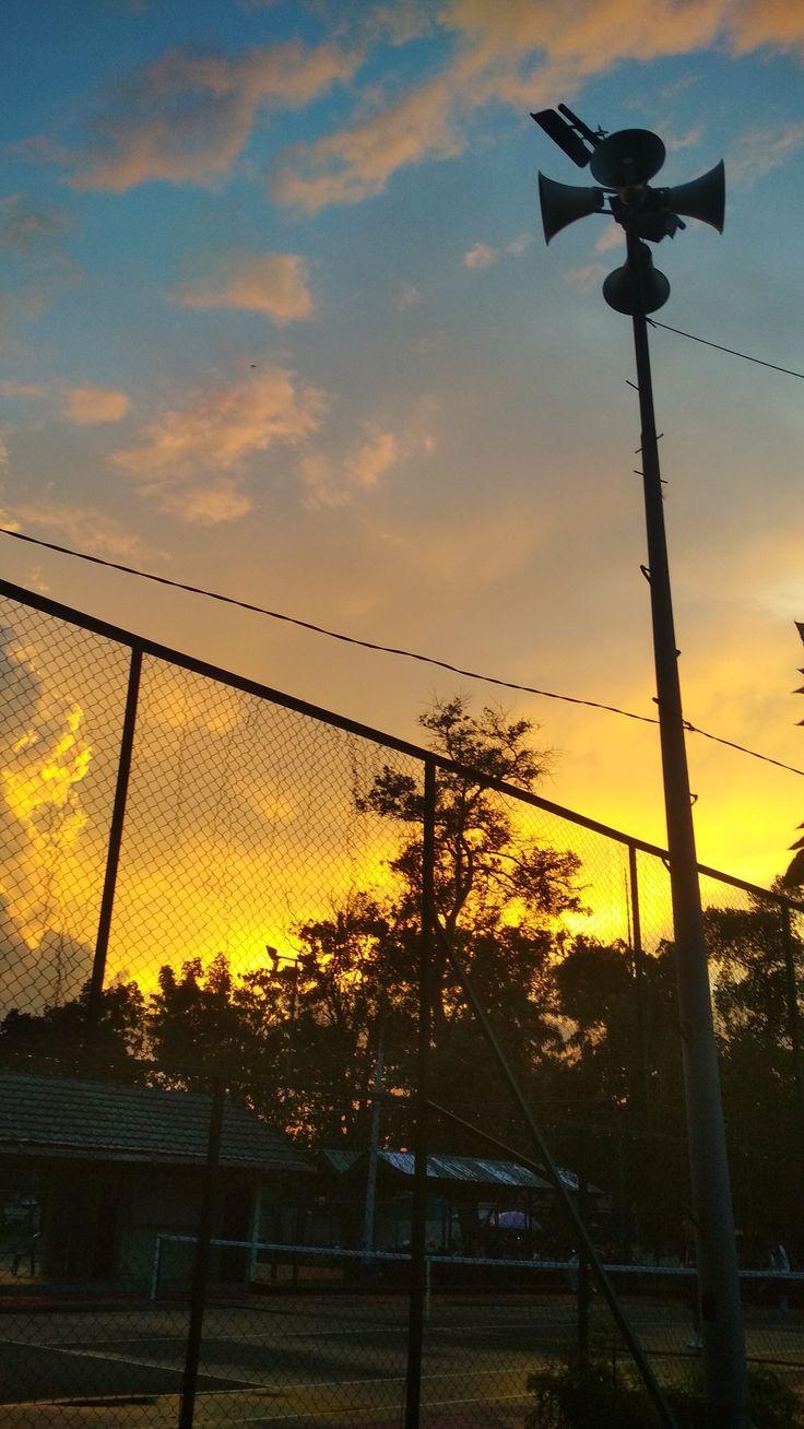 Pin oleh Marelisa Wildanuasi di Sunset Fotografi, Gambar