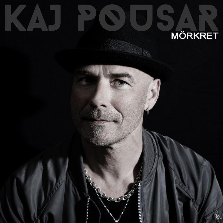 Kaj Pousar är känd för sina starka melodier och låttexter som är självbiografiska med en hög igenkänning. Nu är han aktuell med nya singeln Mörkret som är producerad av Samuel Waermö (Bon Jovi, Jonatan Fagerlund) och släpps på Midsommarafton den 23 juni