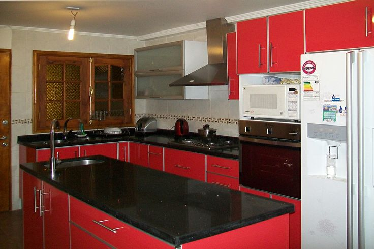 Rojo y cubierta negra  Muebles Cocina  Pinterest