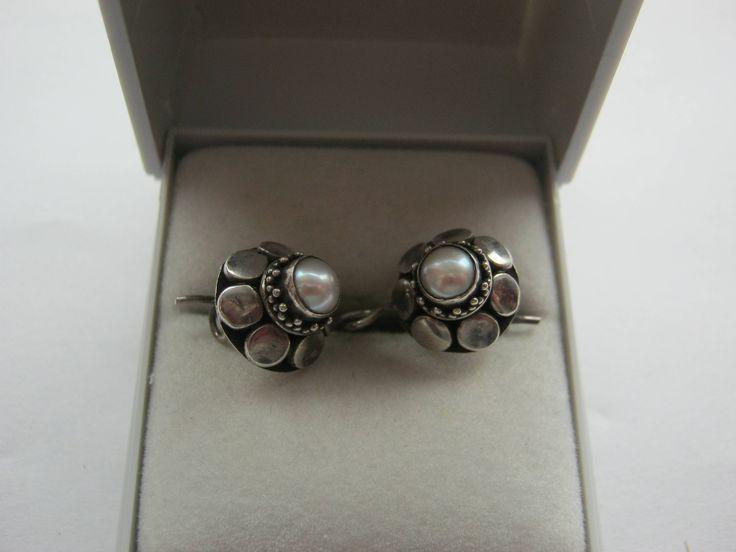 1 Paar Ohrringe Silber 925 gestempelt mit kleiner Perle,Antikohringe,Hergestellt ca.1926 Deutschland von AbrahamsTroedelShop auf Etsy