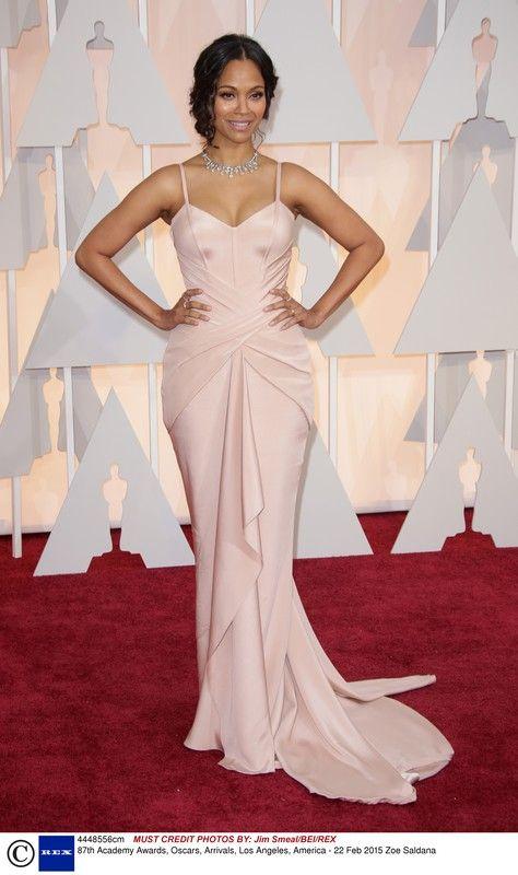 Oscary 2015: Zoe Saldana w sukni Atelier Versace, fot. East News
