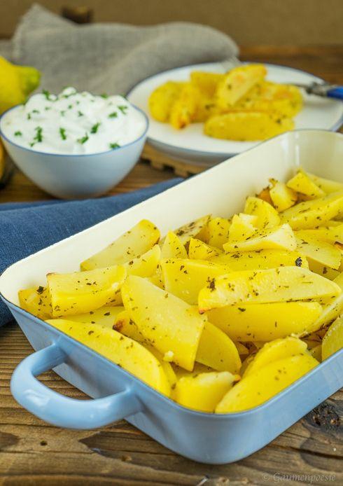 Griechische Ofenkartoffel mit Zitrone - Patates lemonates sto fourno - Gaumenpoesie
