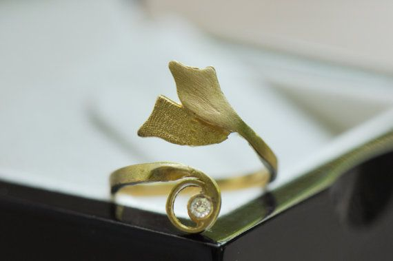 Artisan 18k solid gold ring with diamond nature by AKVjewelry, $715.00