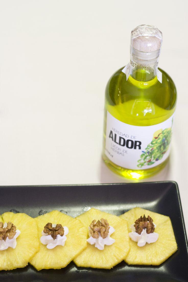 Acompaña tu postre con Aldor el licor de hierbas de Grupo Matarromera. www.restauranteespadana.es