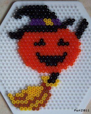 Halloween hama perler beads by Les loisirs de Pat
