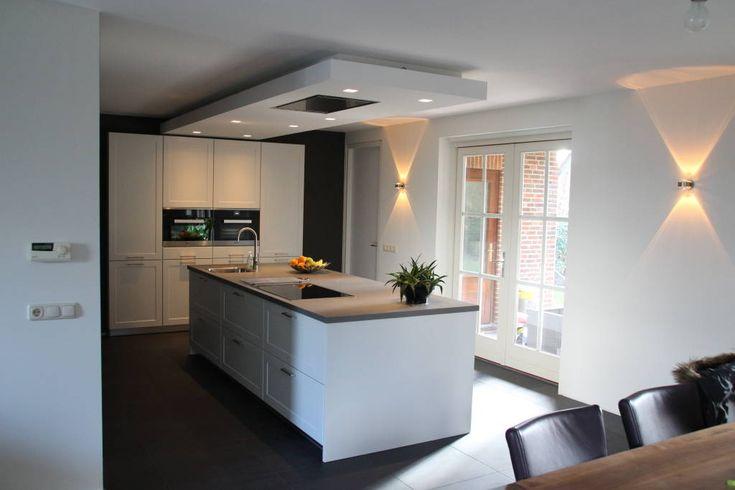 Modern kookeiland (Van Tinnemans Keukens)