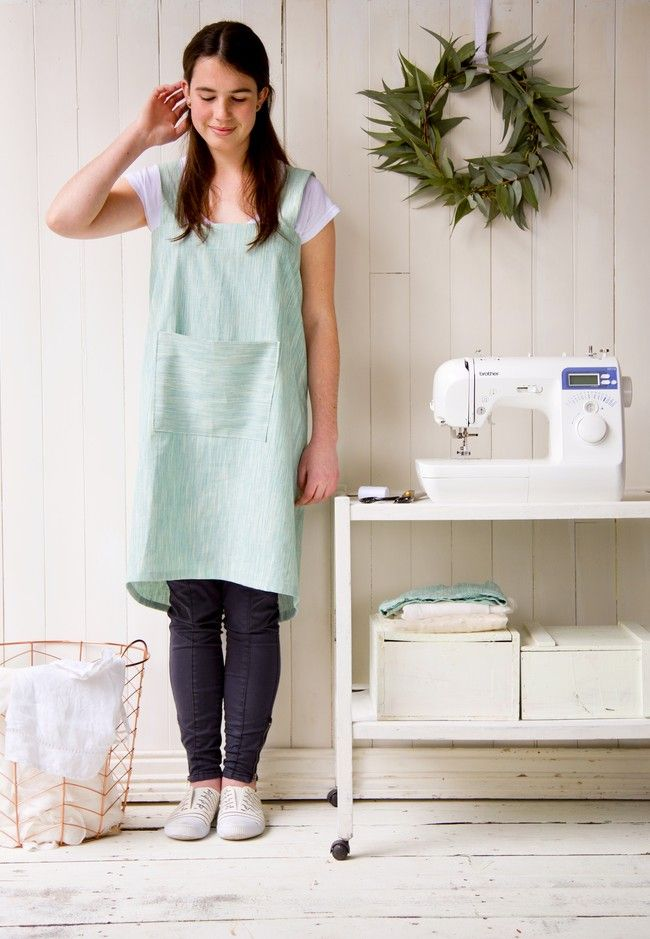 Make your own cross-over apron | Good Magazine Photography Jessie Casson