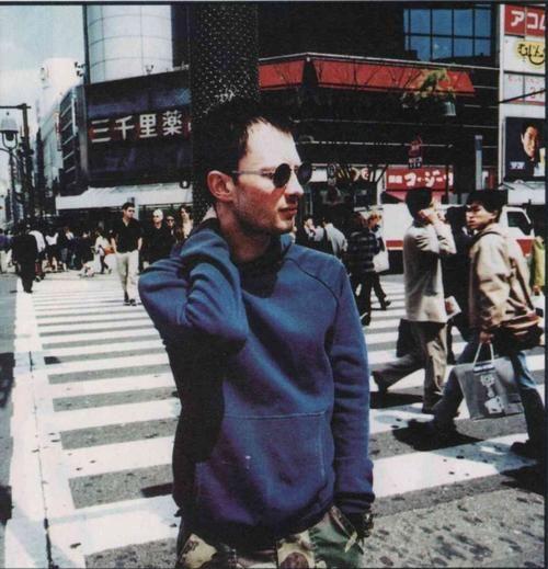 Thom Yorke, Tokyo, april 1997   photo by Tom Sheehan