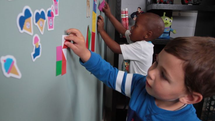 Parallel play with magnets makes teaching a group a breeze