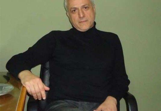 Σπύρος Λ. Βρεττός: «Για να συμβεί ένα ιστορικό ποίημα, δεν χρειάζεται ο ποιητής να ξέρει 'πολλή' Ιστορία» http://fractalart.gr/spyros-vrettos/