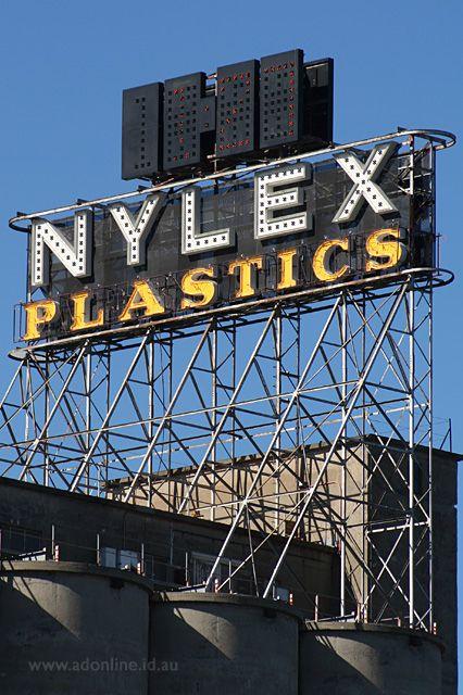 Nylex Clock | Melbourne Neon | adonline.id.au