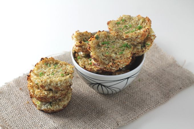 These delicious Cauliflower Cheese Quinoa Bites make an easy and healthy savoury snack