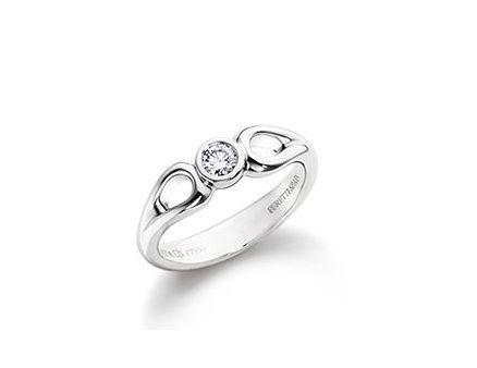 Elsa Peretti's open teardrop ring