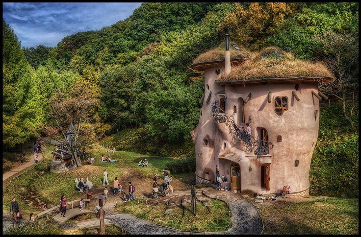 完全再現されたムーミン谷が埼玉に!「あけぼの子どもの森公園」で童話の世界に飛び込もう